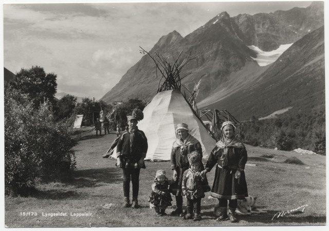 Foto: postkort, Tromsø Universitetsmuseum